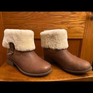 UGG Chyler Genuine Shearling Cuff Bootie